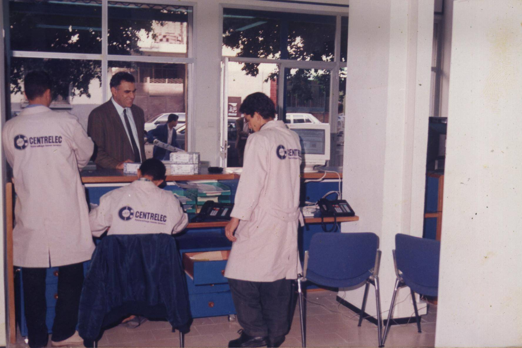 1996 : Point de vente CENTRELEC
